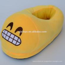 Bonito barato plush indoor plushie cocô emoji chinelos engraçado personagem chinelos