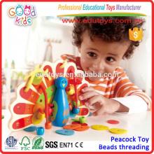 2015 Kids Lovely Lacing Деревянный павлин Красочные деревянные игрушки для детей хорошего качества