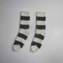 Adults Winter Middle Stripe Socks