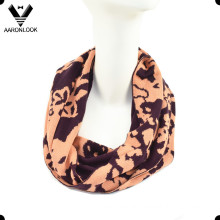 Lady′s Fashion Jacquard Flower Pattern Snood Scarf