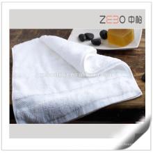 Toalla de la insignia de encargo del estilo de 16s Sateen fija la toalla blanca del hotel de precio de fábrica