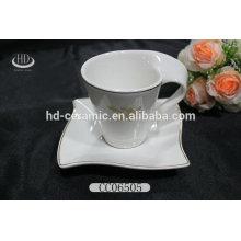 Forma de onda cerámica al por mayor tazas y platillos, taza de cerámica con platillo, taza de café de cerámica y platillo