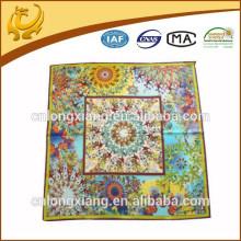 Nova moda impressa design impresso, atacado 100% seda impressão quadrada lenço de seda