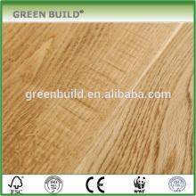 Plancher en chêne naturel modifié en bois vieilli