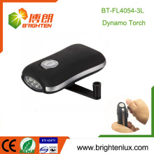 Factory Wholesale Emergency no battery Plastic Popular Hand Shaking 3 led Dynamo Wind up Flashlight Torch