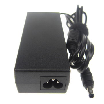 19V 3.15A 60W Laptop Power Adapter Für SAMSUNG