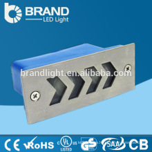 Precio competitivo ip65 110 Volt LED de luz al aire libre de la pared empotrada