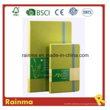 Cuaderno de papel con banda elástica