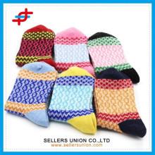 OEM Ladies Rabbit Wool Outdoor Chaussettes / Colorful Wool Crew Socks