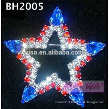 Broche de strass em estrela