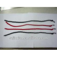 mode faire bracelet de corde tressée avec des charmes