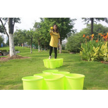 Giant Yard Pong com baldes e bolas duráveis