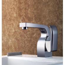 Прочный латунный смеситель для ванны с одной ручкой для ванной комнаты (Q3034)