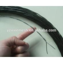 Cable de alambre torcido galvanizado / alambre trenzado recubierto negro del lazo