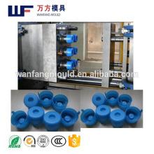 Nuevo diseño 2017 molde de la tapa de botella del dispensador del agua de 5 galones en taizhou de la fabricación de China