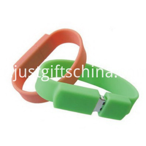 Wristbrand USB Flash Drives