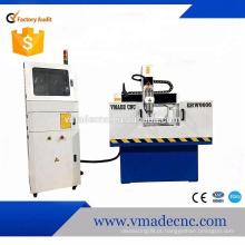 Fresadora de metal CNC