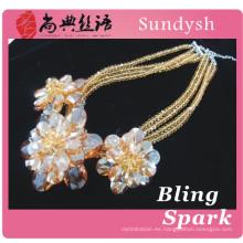 mujeres atractivas que cuelgan la ropa del diamante de la ropa del diamante accesorios de cristal de la joyería de la avenida de la boda