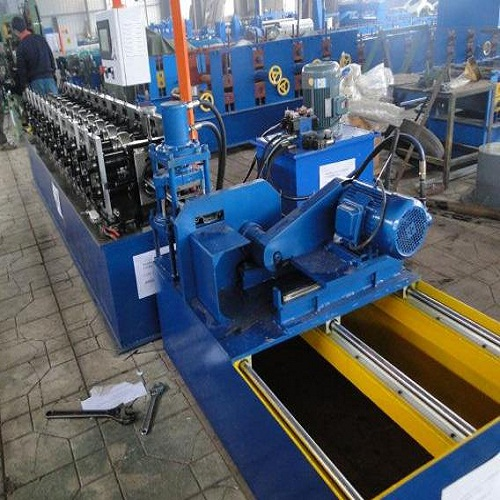 Roller Shutter Door Forming Machine (2)