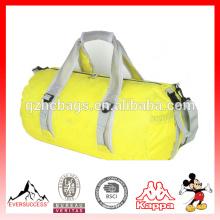 Sports de plein air pour hommes sacs à main bandoulière pliable avec grande capacité