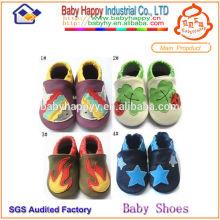 Los zapatos al por mayor del pesebre del bebé de la alta calidad de Dropship