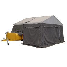 reboque do campista do jogo da estrada fora com barraca de acampamento