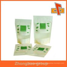 OEM Acepte el papel de arroz impreso de encargo de pie para arriba la bolsa con la ventana y la cremallera para las tuercas / el empaquetado de las patatas fritas