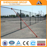 China supplier Hot-dipped galvanized / pvc coated / powder coated welded wire mesh fence