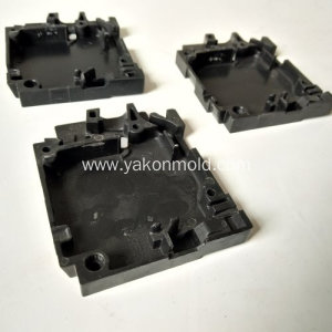 Phenolic plastic injection moulding