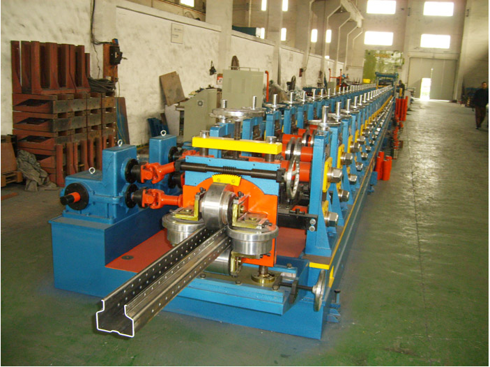 shelf racking machine