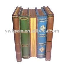 Caja de abalorios (libro antiguo)