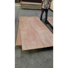 Contraplacado da madeira compensada 4mm da madeira de construção