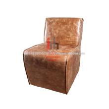 Chaise à manger en cuir marron