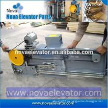 NV31-002 Автоматический дверной оператор подъема лифта Mitsubishi, 1219 мм * 2438 мм Посадочная дверь лифта