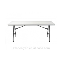 Table pliante de camping en plein air