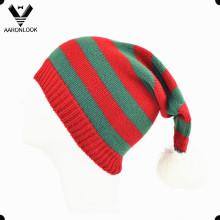 Listra acrílica tricotada bonito longo chapéu de Natal com bola Top