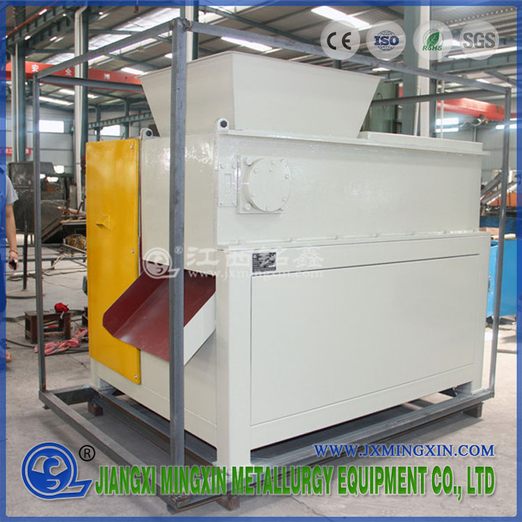 Cabang Pohon Karton Wood Pallet Shredder