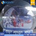 Globes de neige humain gonflables géants décoratifs décoratifs de Noël durables à vendre