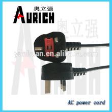 Fiche de maison appareils creux de puissance à pôles câbles avec rallonge