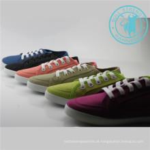 Sapatas dos homens / mulheres sapatos de lona colorida sapatos de injeção (snc-011307)