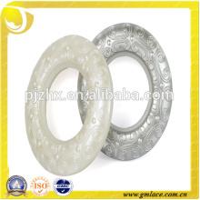 Fábrica de Zhejiang Venta al por mayor Ojos de plástico de decoración blanca para cortinas