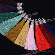 2016 Nuevas grandes ventas con buena calidad y diseño de borlas decorativas coloridas largas