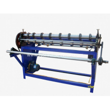 Wire mesh cutting-off and rolling unit