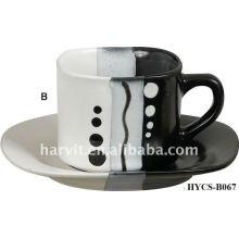 Design et taille à la mode personnalisé à la taille et à la taille en grès rond en grès Théière et soucoupe