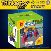 Brinquedo Transformable educacional do carro plástico para o menino