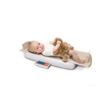 Alto medidor con la escala del bebé