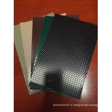Feuille / bobine en aluminium gaufré PE / PVDF pour revêtement de sol