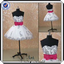 JJ2927 Perlenschatz Sexy rosa und schwarze kurze Brautkleider