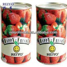 Fruchtcocktail Erdbeere in Sirup