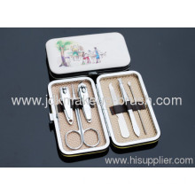 Precise 6pcs Manicure Set With Colorful Painting